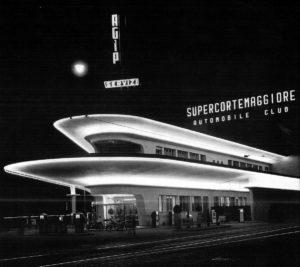 Stazione Eni di Piazzale Accursio, 1954, ph. Aldo Ballo